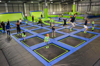 How to increase the service life of trampoline parks